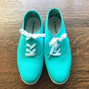 Maurice's Teal Shoes